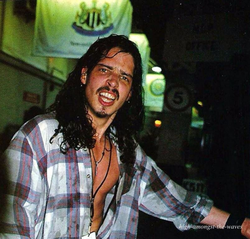 F Ked Him In Lagos Ph: Chris Cornell, Gawd He Looks Extra Hot And Screaming