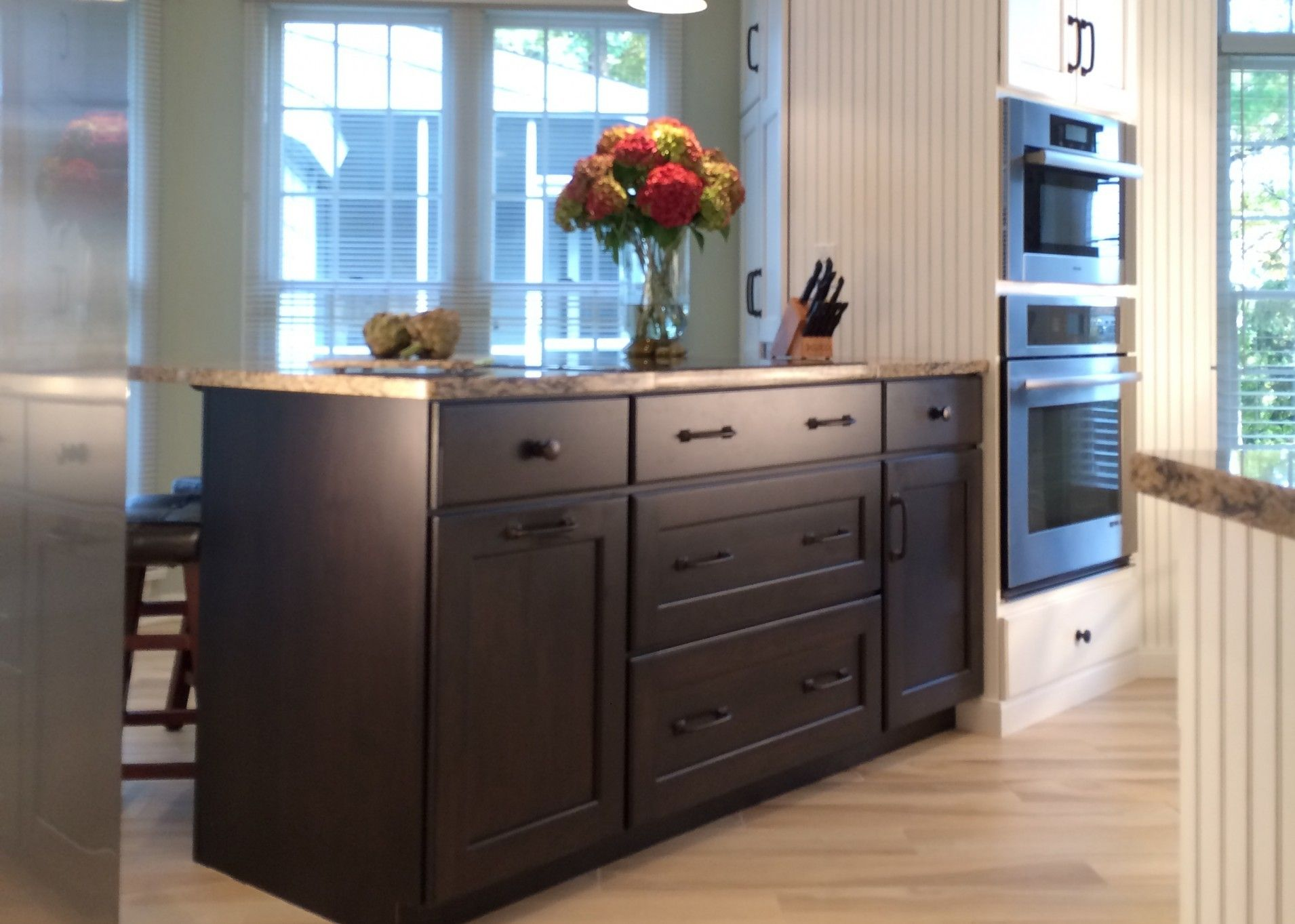 Media Gallery Holiday Kitchen Kitchen Kitchen Cabinets