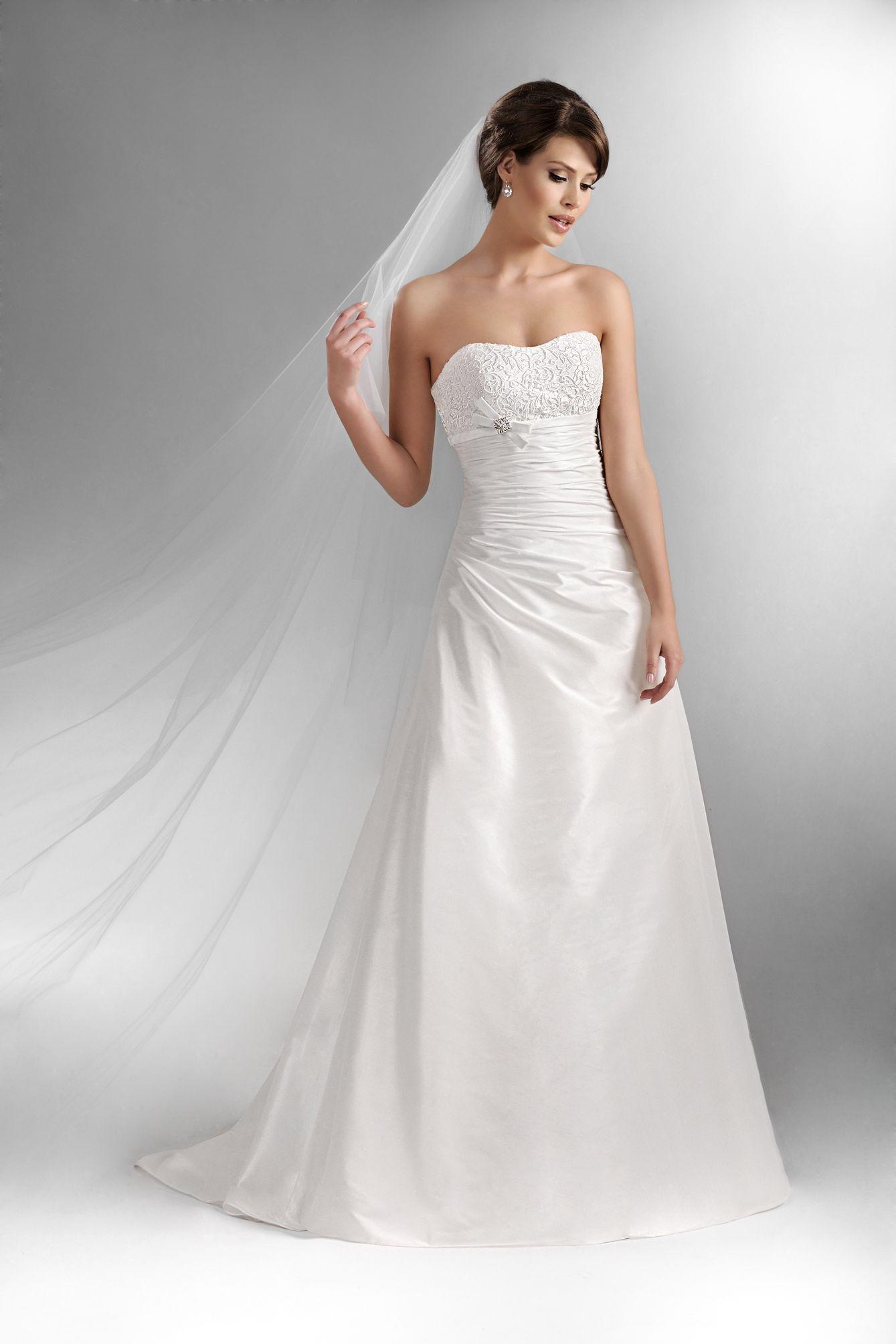 brautkleider von agnes bridal bei uns erh ltlich hochzeitskleider pinterest pol. Black Bedroom Furniture Sets. Home Design Ideas