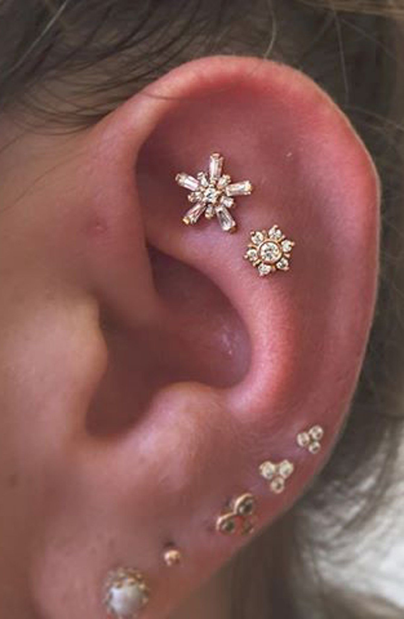 bec0ffffdca0 Small Ear Piercing Ideas at MyBodiArt.com - Aretes Oreja - Crystal Star  Flower Constellation Earring Stud 16G