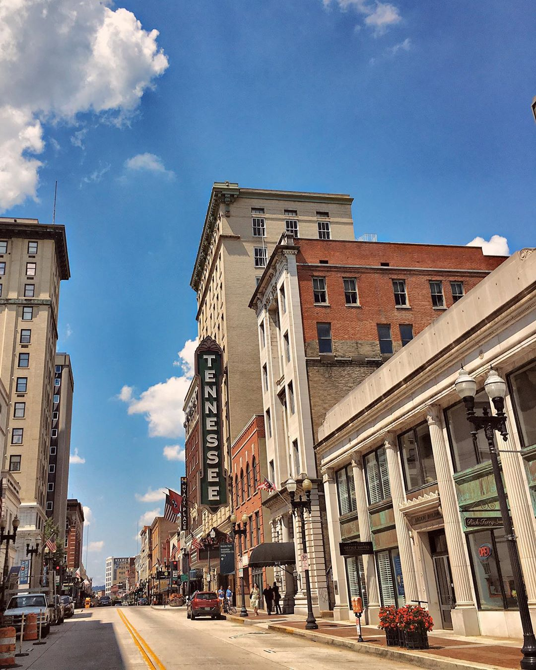 23 Reasons Knoxville, Tennessee Should Be On Your Bucket List
