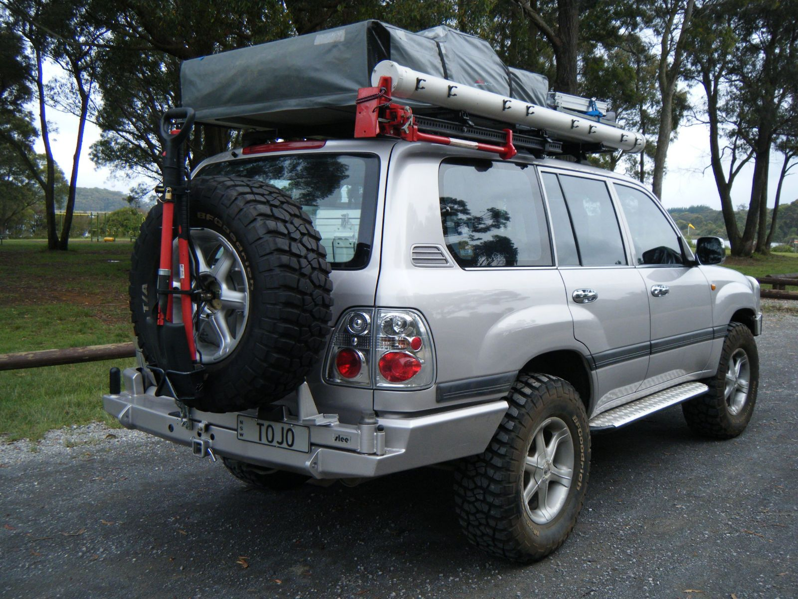 100 series expedition rig