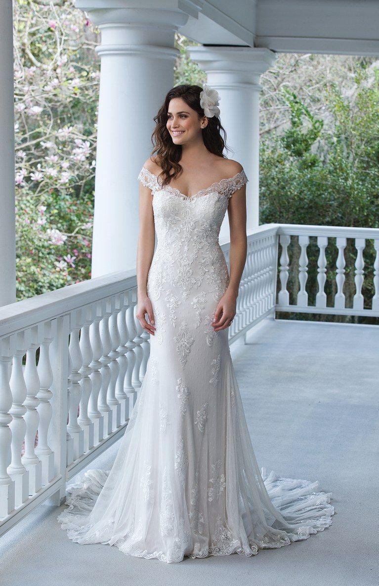 Fancy Trump Wedding Dress Festooning - All Wedding Dresses ...