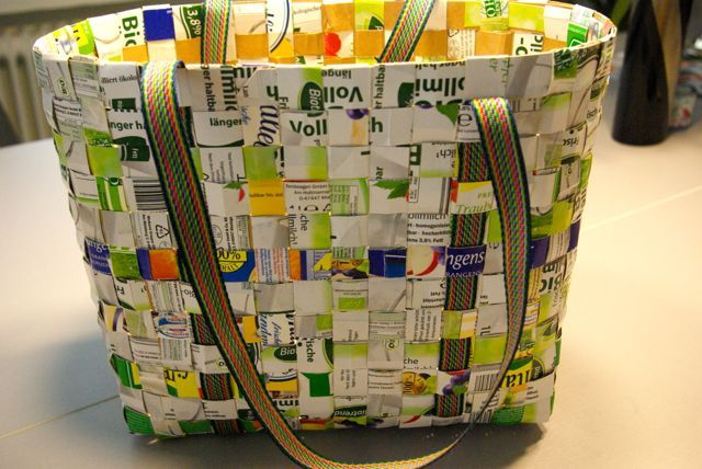 tasche aus tetra pak bag made from beverage cartons upcycling upcyclingdecember2014. Black Bedroom Furniture Sets. Home Design Ideas