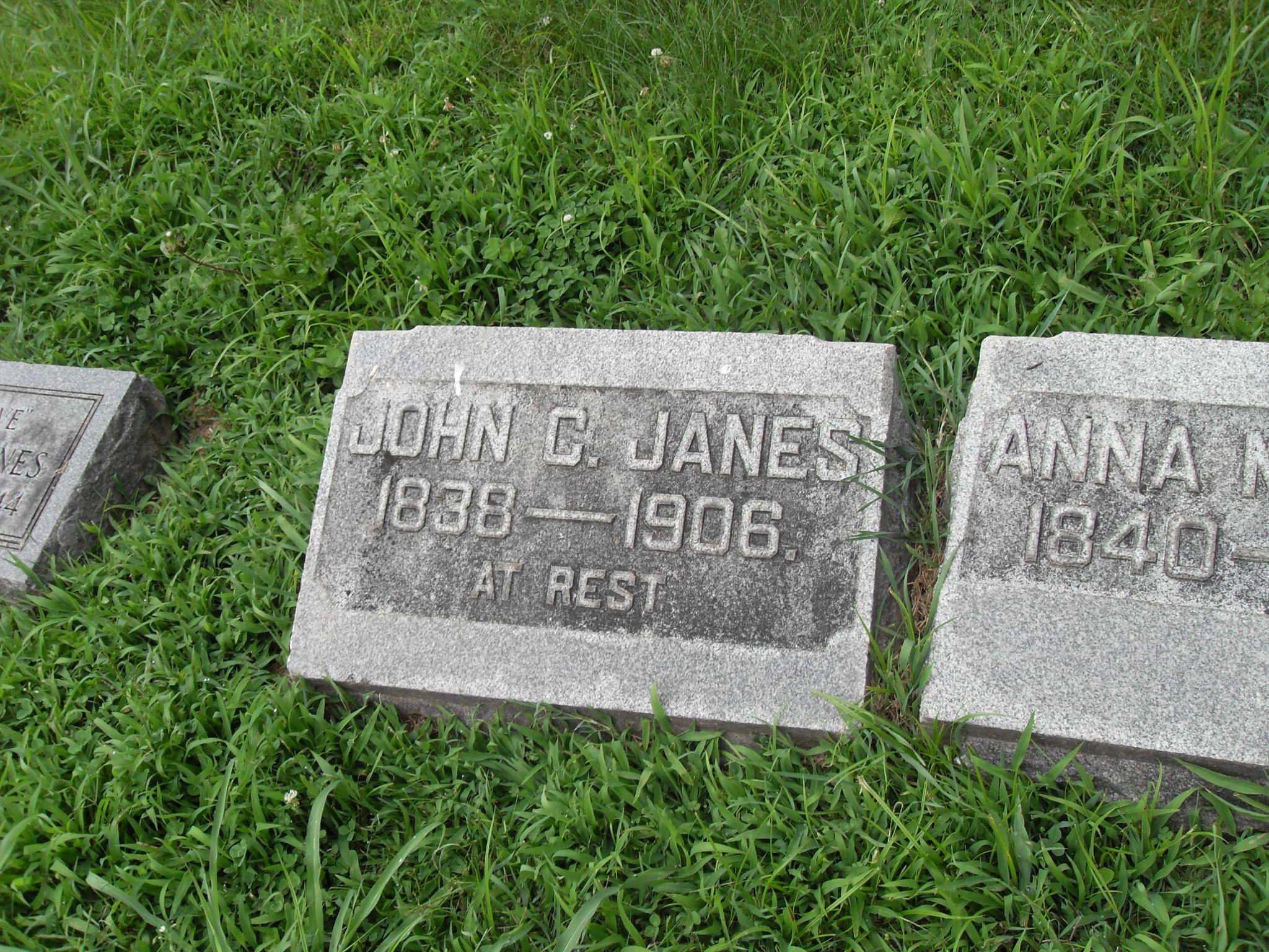 ea37f0e4d37f14fb32dc7d57a1ccef50 - Louisville Memorial Gardens Find A Grave