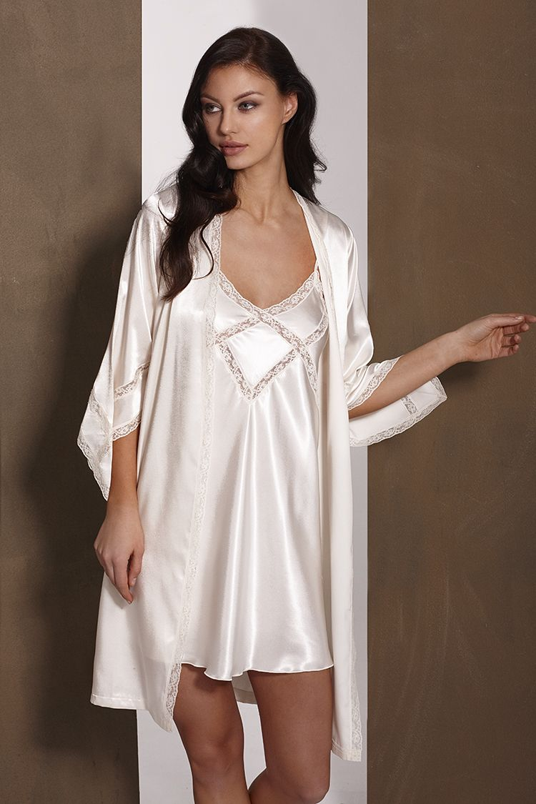 b892ec7cad Conjunto Bruselas Camisón y bata en satén marfil Ideal para novia  lenceria   saten  novia  camison  bata Brussels set  Nightdress and  satin  gown in   ivory ...