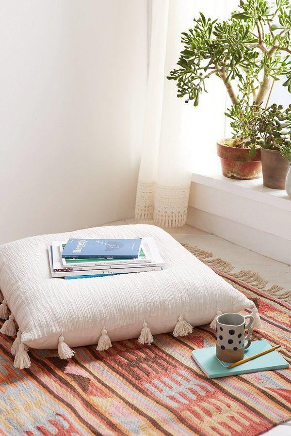 Best 25 large floor cushions ideas on pinterest floor for Meditation living room