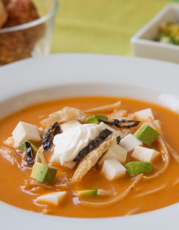 Quesos Navarro - Sopa de tortilla estilo Valle de Bravo