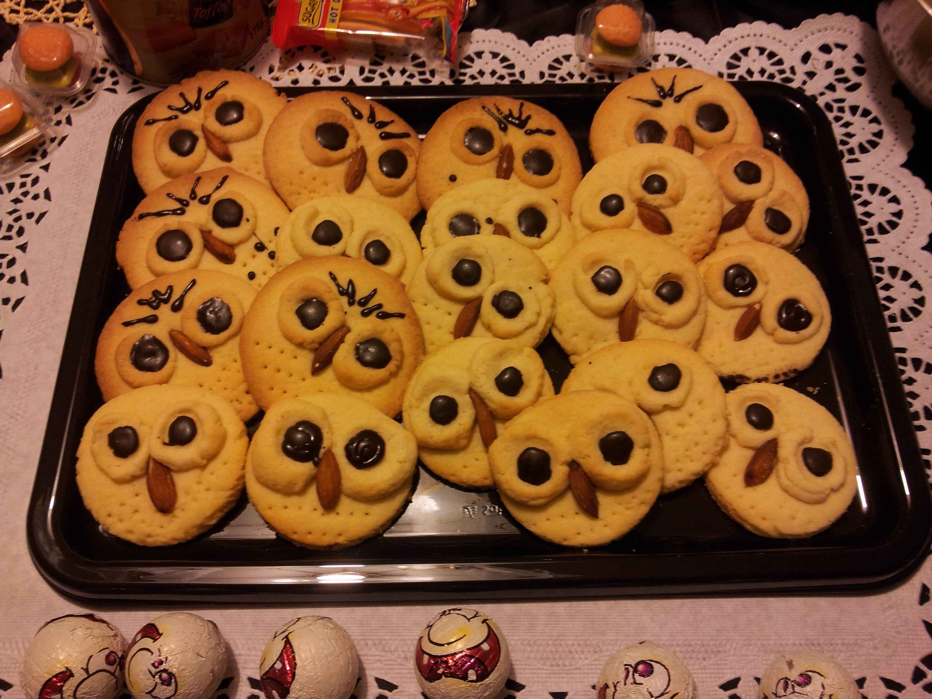 biscotti gufetto per Halloween, pasta frolla e mandorle