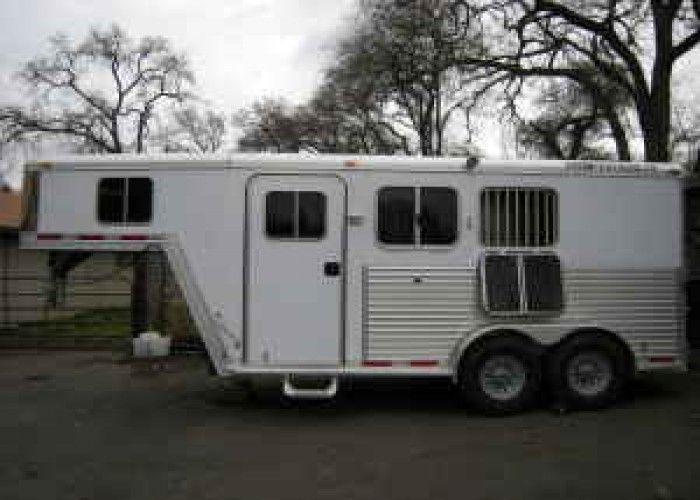 2005 Featherlite Gooseneck 2 Horse Trailer W Lq Living Quarters