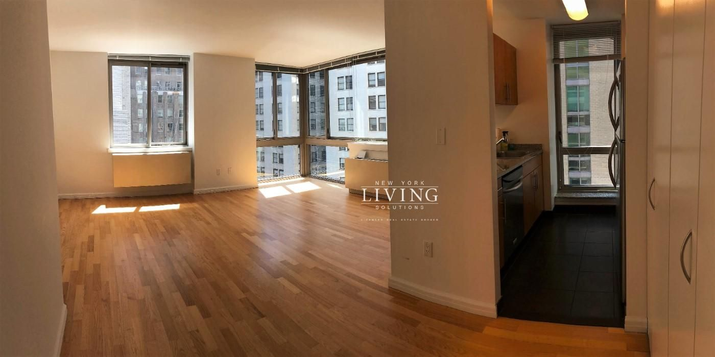 2 Bedrooms 1 Bathroom Apartment for Sale in Financial ...
