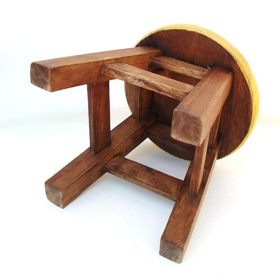 Amazing Vintage Wooden Step Stool Round Foot Stool Bench Wood Child Theyellowbook Wood Chair Design Ideas Theyellowbookinfo