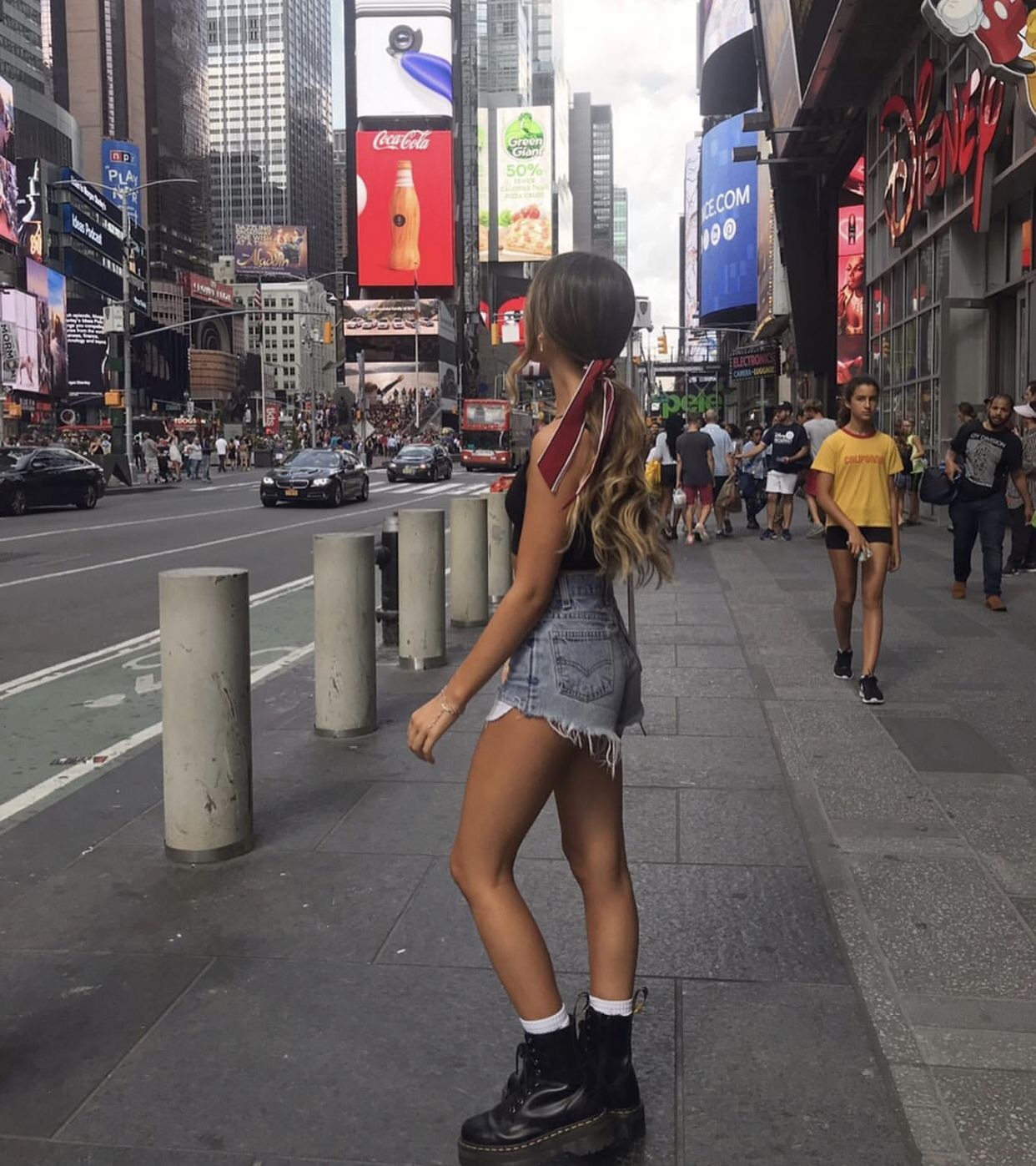 Nueva York Fashion Dr Martens Outfit Fashion Inspo Outfits