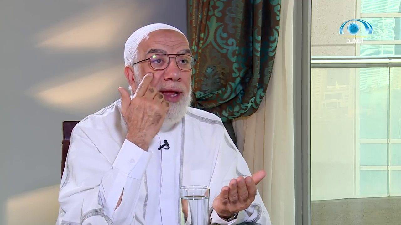 رمضان وبناء الأمة ساعة حوار مع الشيخ عمر عبد الكافي Coat Lab Coat Fashion