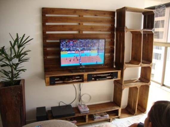 mueble para la tv con palets y cajas de fruta