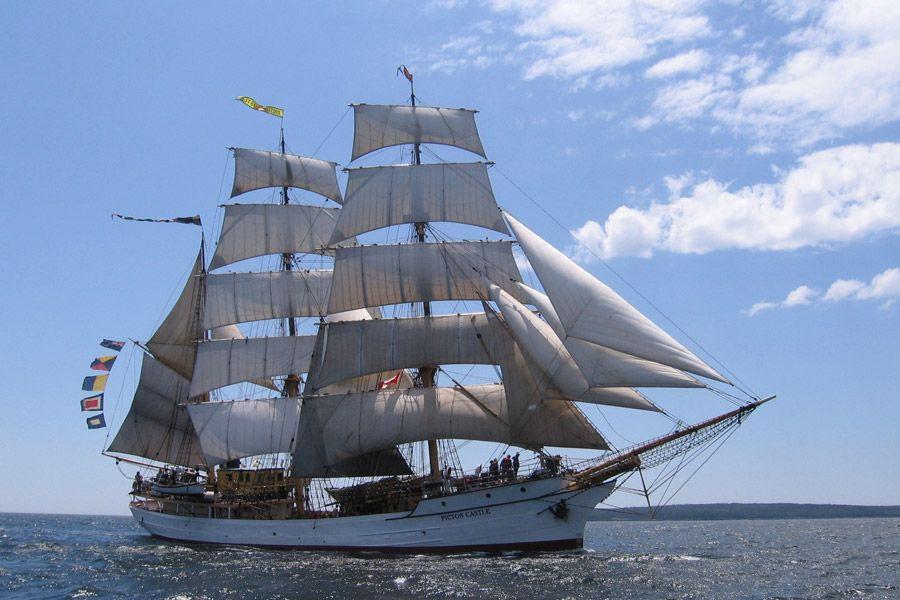 Tall Ships Challenge Philadelphia Camden 2015 (Photo courtesy Draw Events)