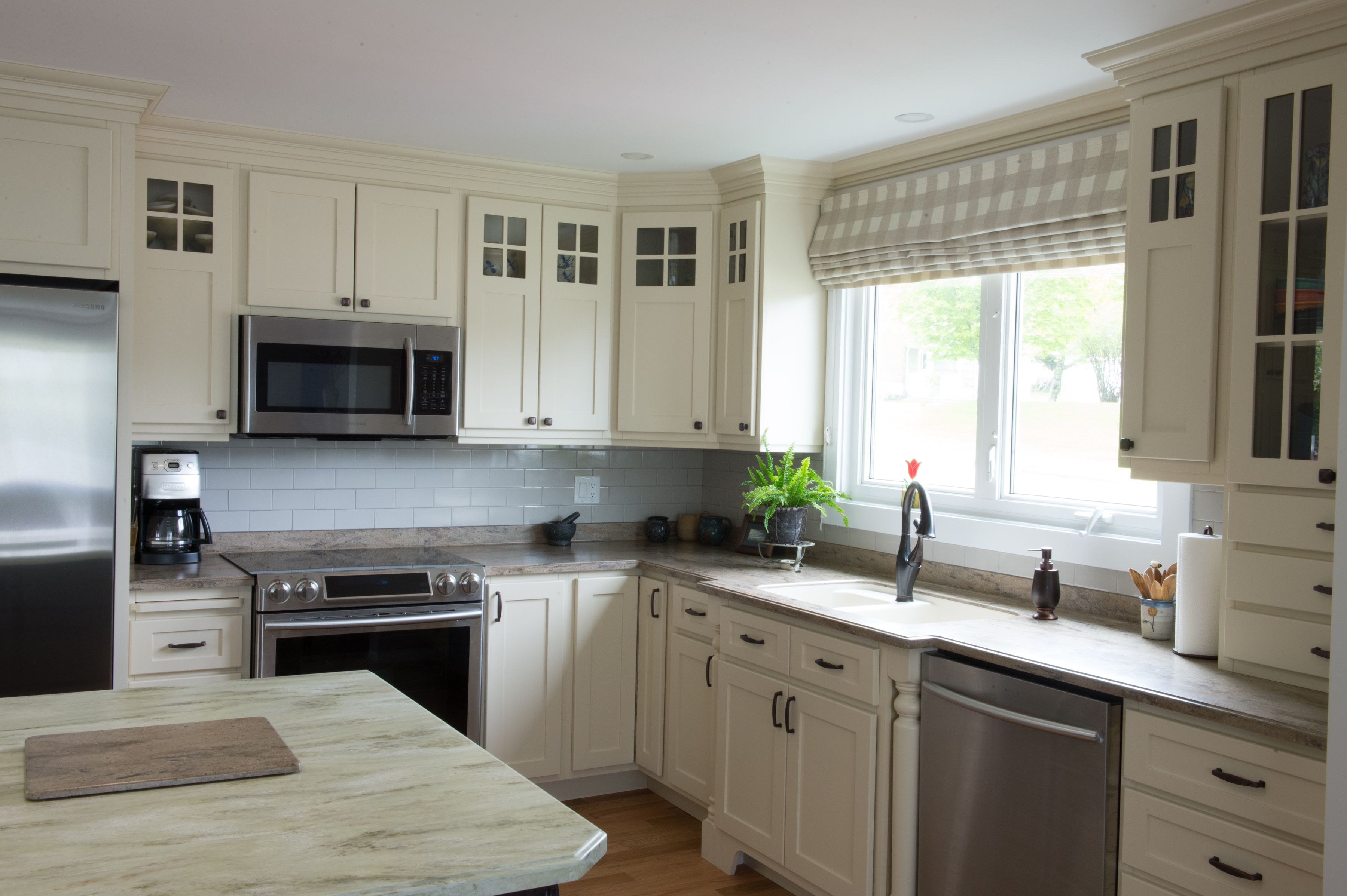 Custom Kitchen Cabinets Designed And Purchased From Hubcraft Timber Mart Come In See W Custom Kitchen Cabinets Design Custom Kitchen Cabinets Kitchen Design