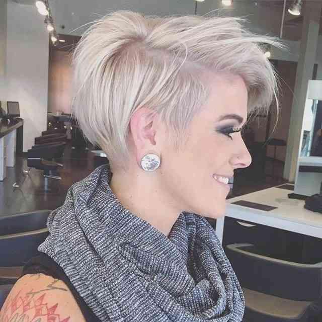 37 Am Entzuckendsten Stock Of Frisuren Kurze Haare Frauen 2018 2018 Entzuckendsten Frauen Frisuren Haircuts For Fine Hair Hair Styles Short Hair Styles