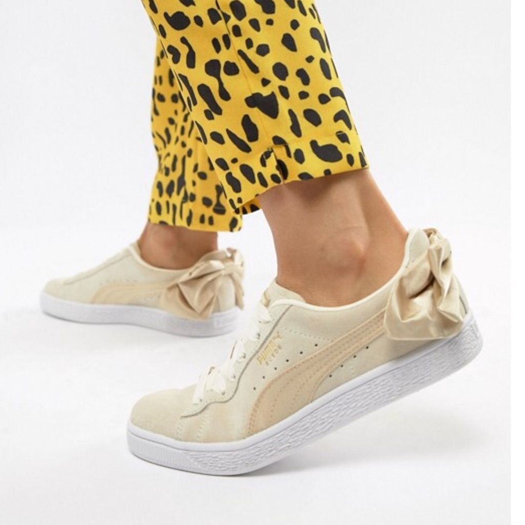 PUMA Suede Bow Sneakers NWT | Puma shoes women, Suede bow ...