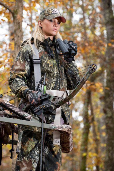 3e741a7234124 Russell Outdoors, mossy oak, Alabama, bow hunting~This reminds me of our  daughter in law~Kena! Always a lady~even while hunting!
