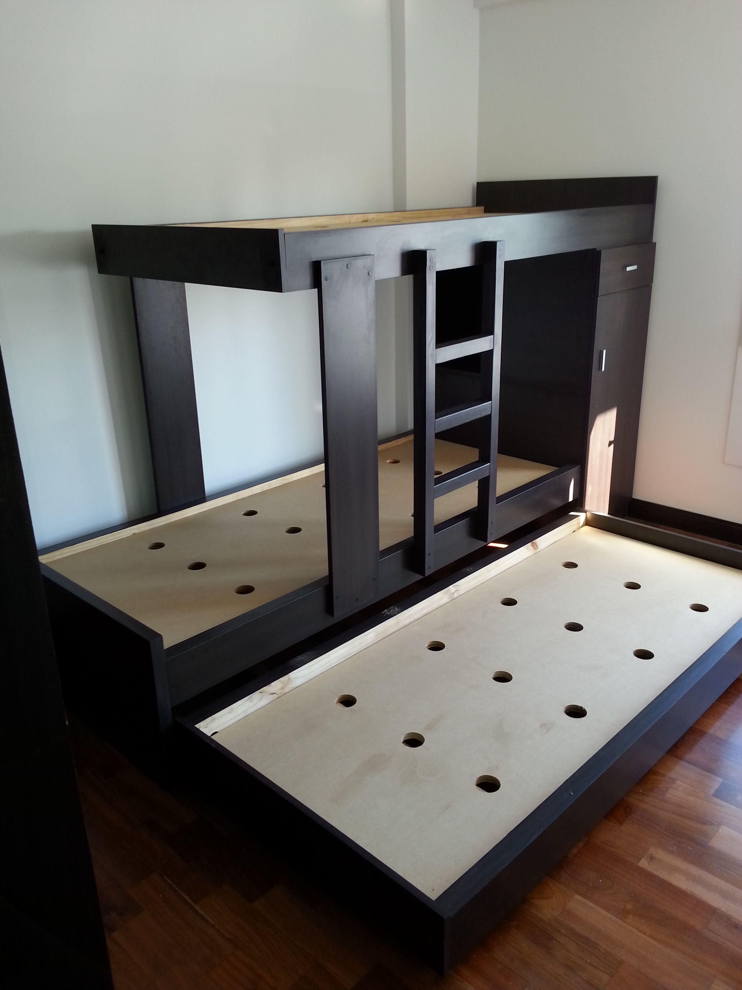cucheta tres camas
