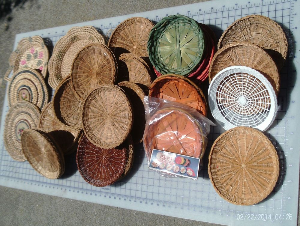 VTG Lot of 56 Wicker Rattan Straw Plastic Bamboo Paper Plate Holders embroidery & VTG Lot of 56 Wicker Rattan Straw Plastic Bamboo Paper Plate Holders ...