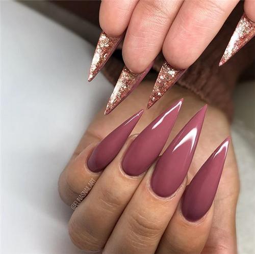 Gorgeous Acrylic Stiletto Nails Designs You Will Love In Fall In 2020 Stiletto Nail Art Stiletto Nails Designs Nail Art Designs