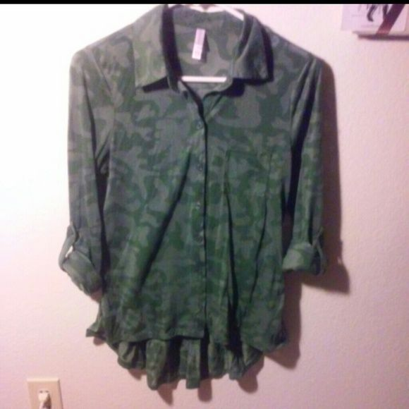 camo top Hi-lo button up camo top. Fitted, 3/4 length sleeves. Xhilaration Tops
