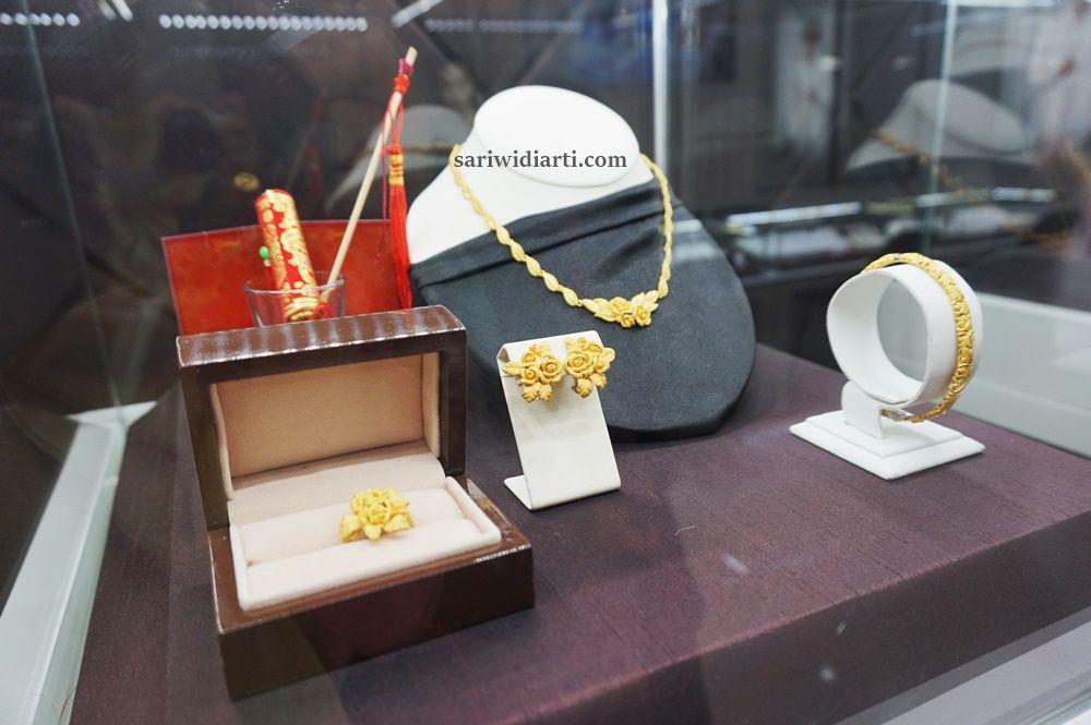 toko-perhiasan-di-gresik-mall