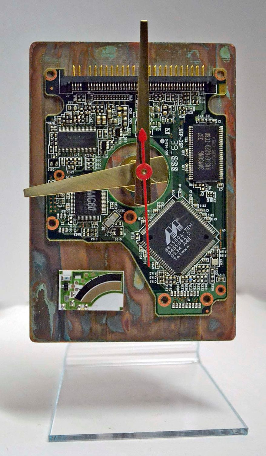 Circuit Board Picture Frames Clock These Are Awesome For A Geeky