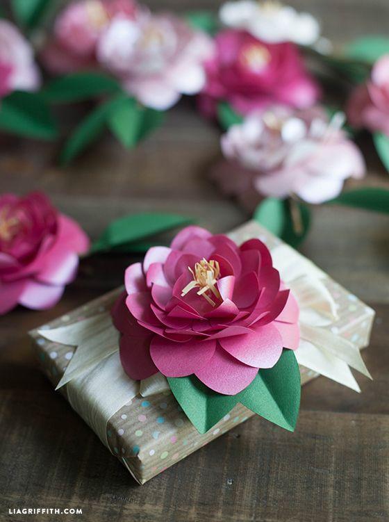 Diy Metallic Paper Camellias Paper Flowers Diy Paper Flowers How To Make Paper Flowers