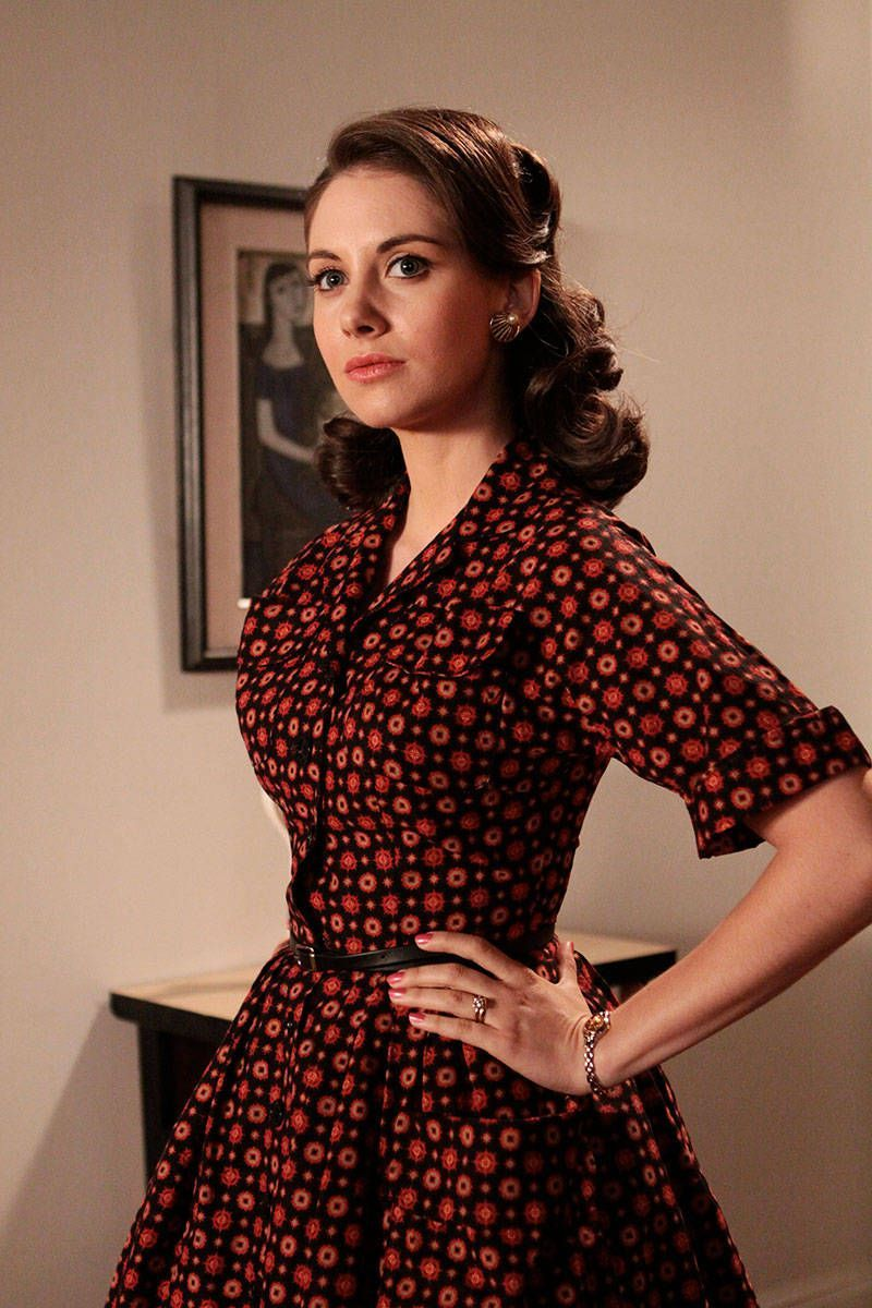 Mad menus best fashion moments mad men mad and s mod