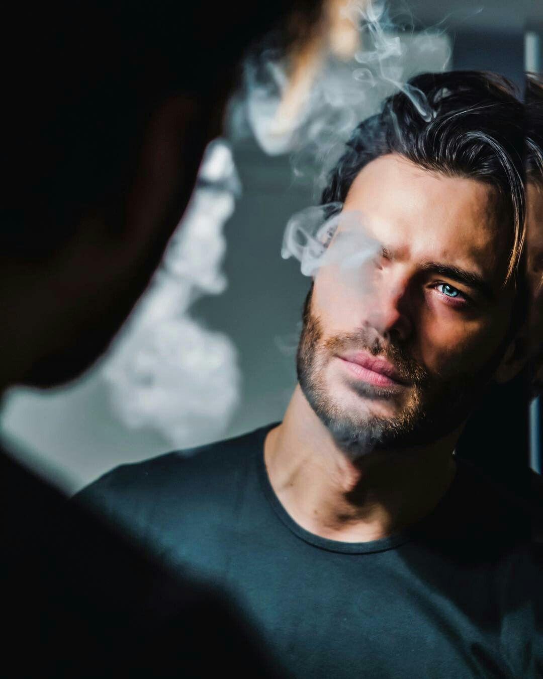 Giulio Berruti 😻   Smoke en 2019   Pinterest   Sexy men, Handsome ... 3bdf6da0b860
