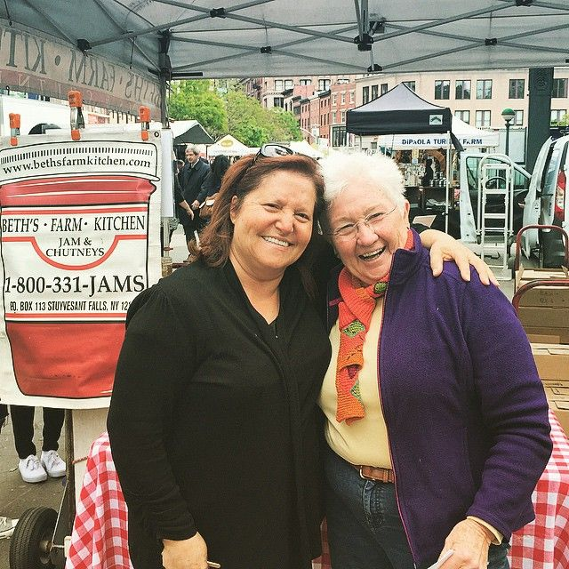 Nonna finally meets Beth of Beth's Farm Kitchen @unsqgreenmarket this morning! What a spunky pair! #Nonna #citysaucery #farmfresh #nyc #unionsqgreenmarket #oldschool #girlpower #local #realfood