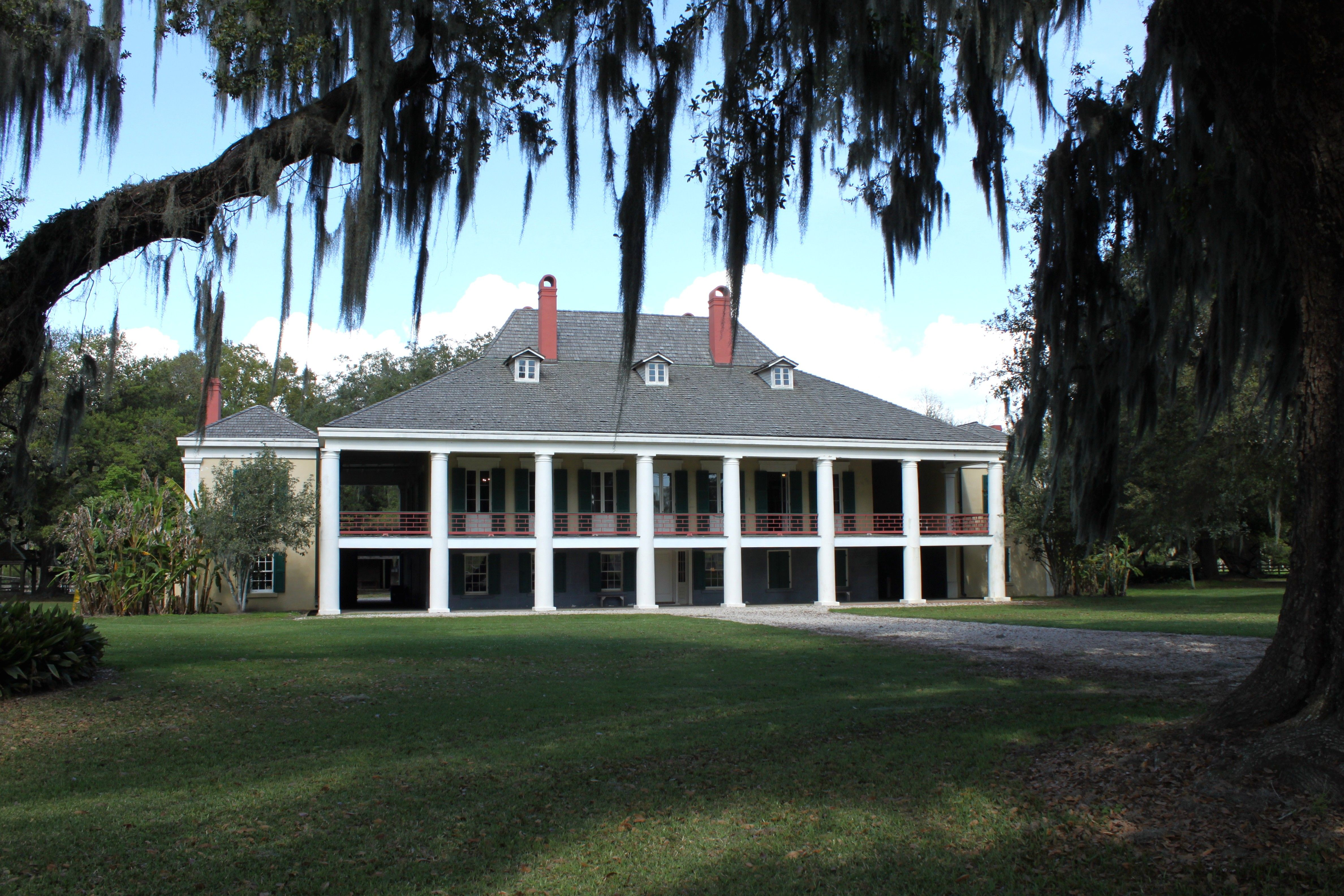 Colonial Plantation complexes in the Southeastern Coastal