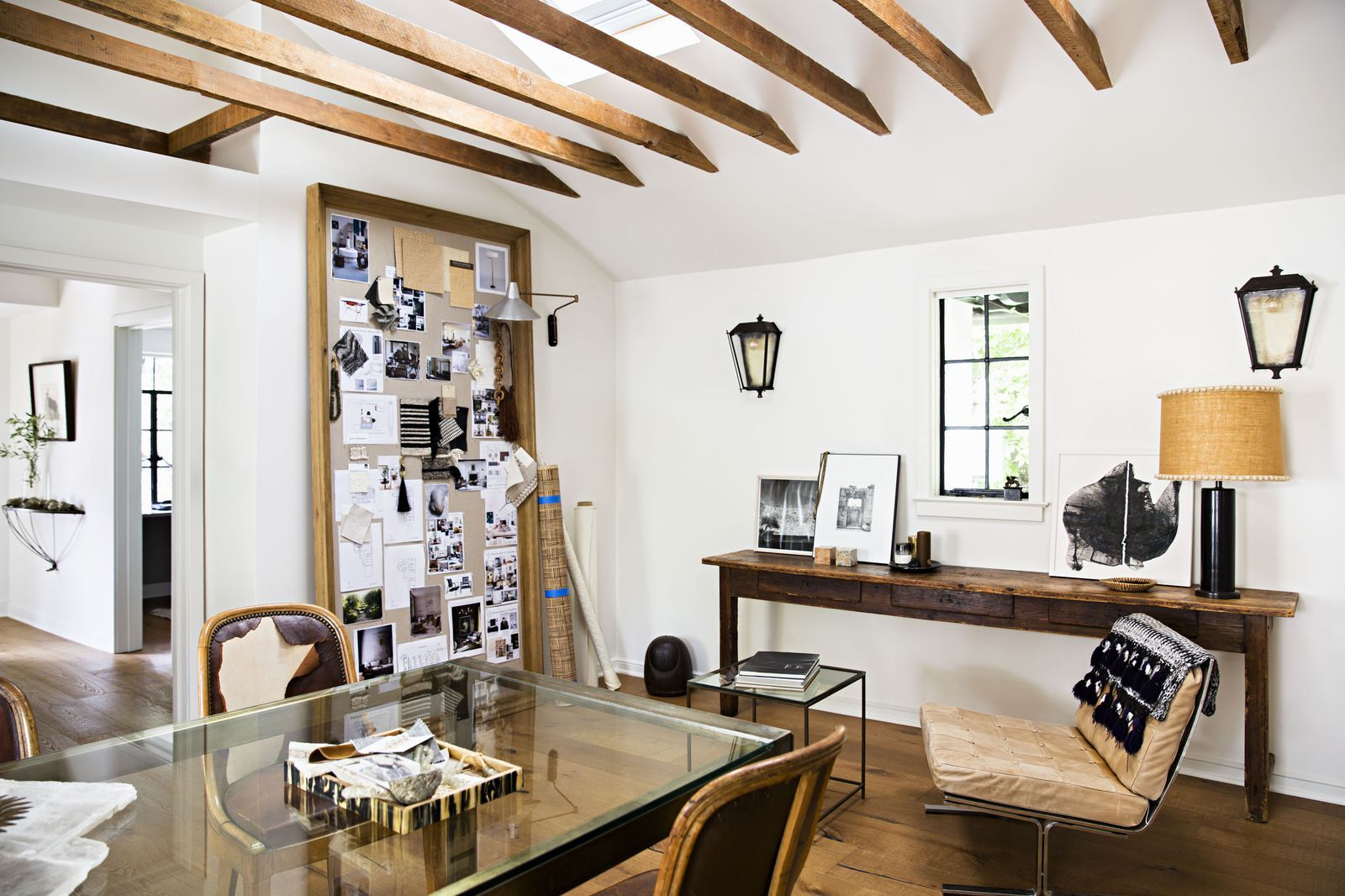 Office Envy Jeremiah Brent S California Cool Home Workspace Is Every Interior Designer S Dream Workspace Design Office Inspiration Workspaces Workspace Inspiration
