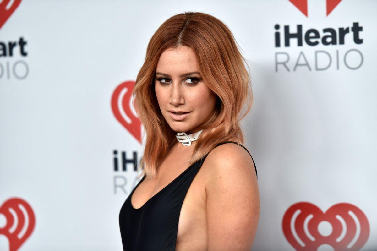 Hacked Jenn Tisdale nudes (18 photo), Tits, Paparazzi, Instagram, braless 2020
