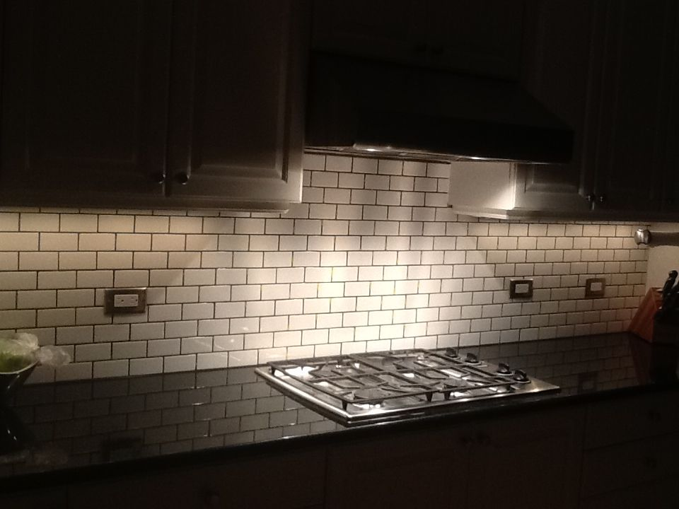 2x4 White Subway Tile Dark Gray Grout Xenon Under Cabinet Lighting