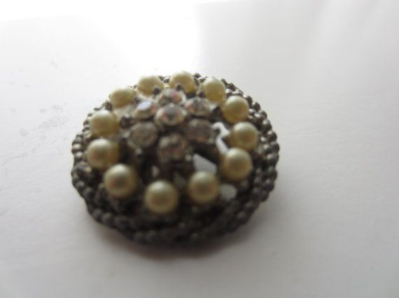 Vintage Buttons  Sweet Shabby Chic  rhinestone by pillowtalkswf, $5.95