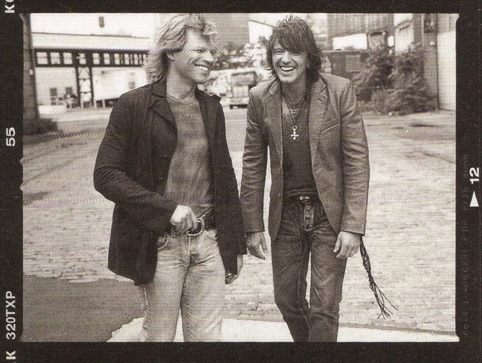 bovilee:  I want that back!!  love these of Richie & Jon .. thanks bovilee
