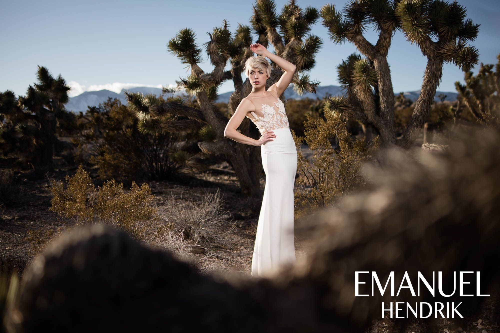 EMANUEL HENDRIK | Body: Hotness | Rock: Mila | Brautkleid - Wedding ...
