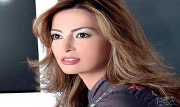 داليا مصطفي تراهن على فوز الفيلم المصري Long Hair Styles Hair Styles Beauty