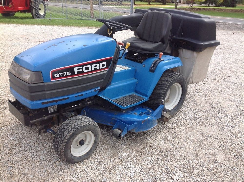 Ford Gt 75 Lawn Tractor With Power Bagger Ford Lawn Tractor