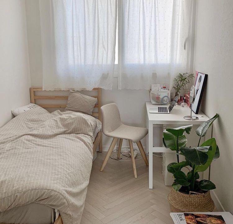 𝒫𝒾𝓃𝓉𝑒𝓇𝑒𝓈𝓉 𝒫𝑒𝒶𝒸𝒽𝓎 𝓈𝒽𝒶𝓂𝒾𝓂 インテリアデザイン 寝室インテリアのアイデア インテリア 家具