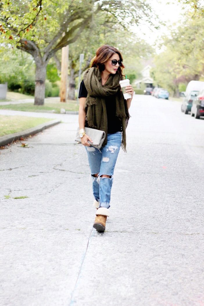 Fall is all about layers, comfort, and THESE BOOTS!!