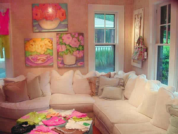 Shabby Chic Living Room With Sectional Couch