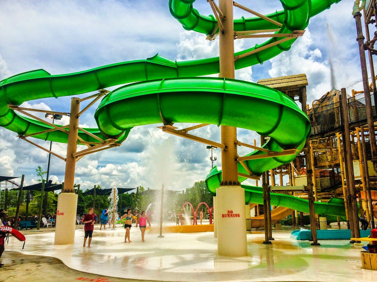 Pin On The Best Water Parks In North America