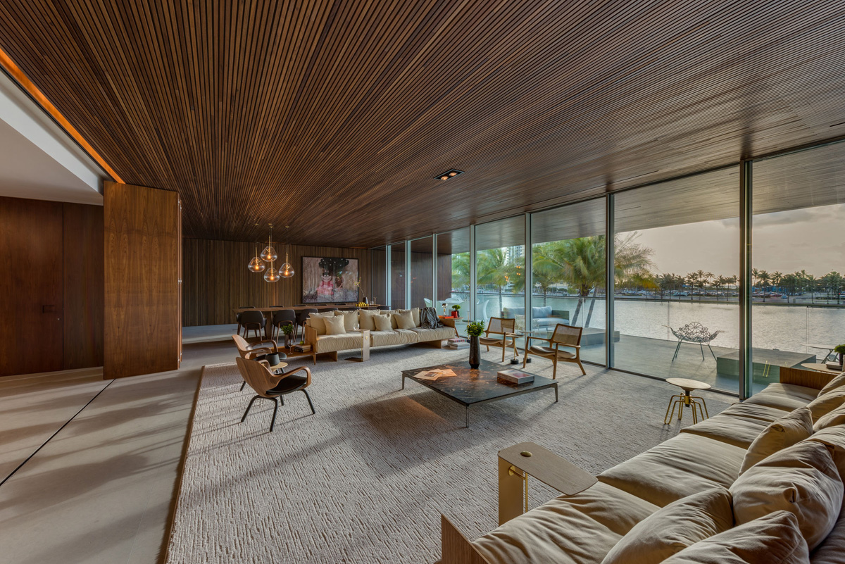 A Luxury Miami Beach Home With Pools, Natural Lagoons, And A Rooftop ...