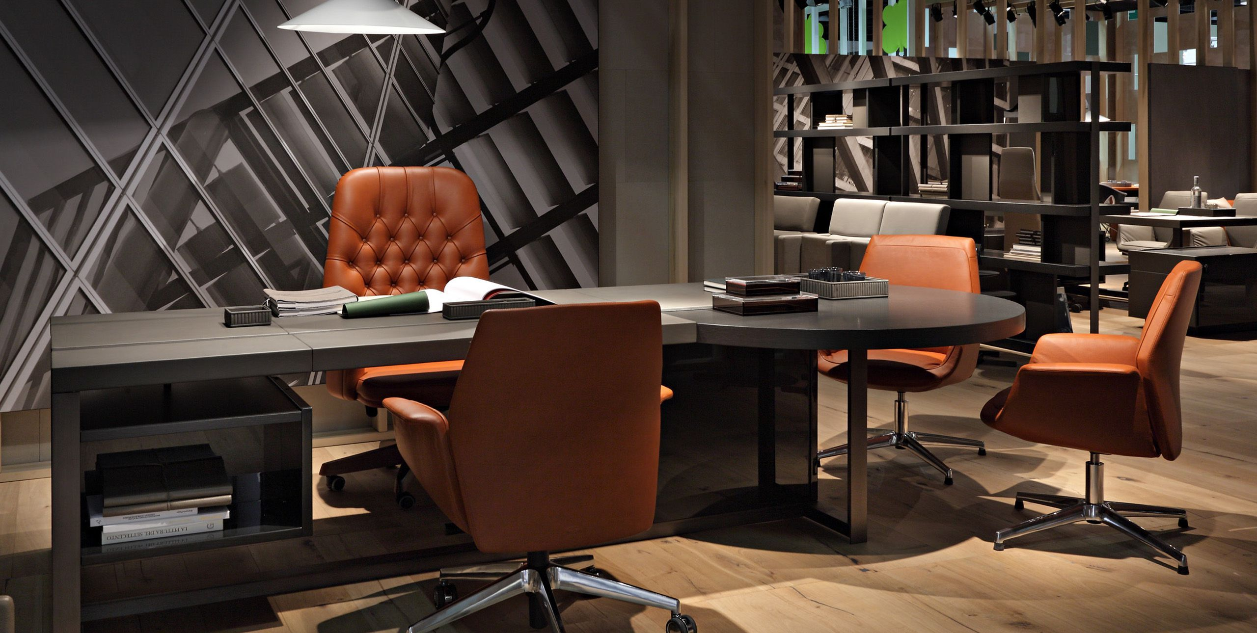 Poltrona Frau Jobs Office Desk, With Oxford And Downtown Chairs.