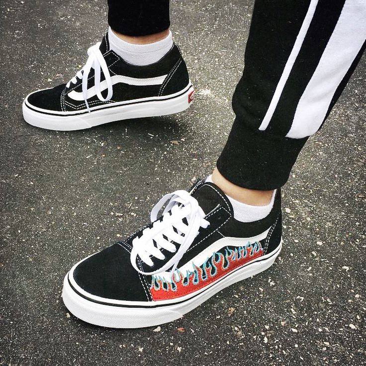 Old Skool Vans Black White Flames Outfit Fashion Style With